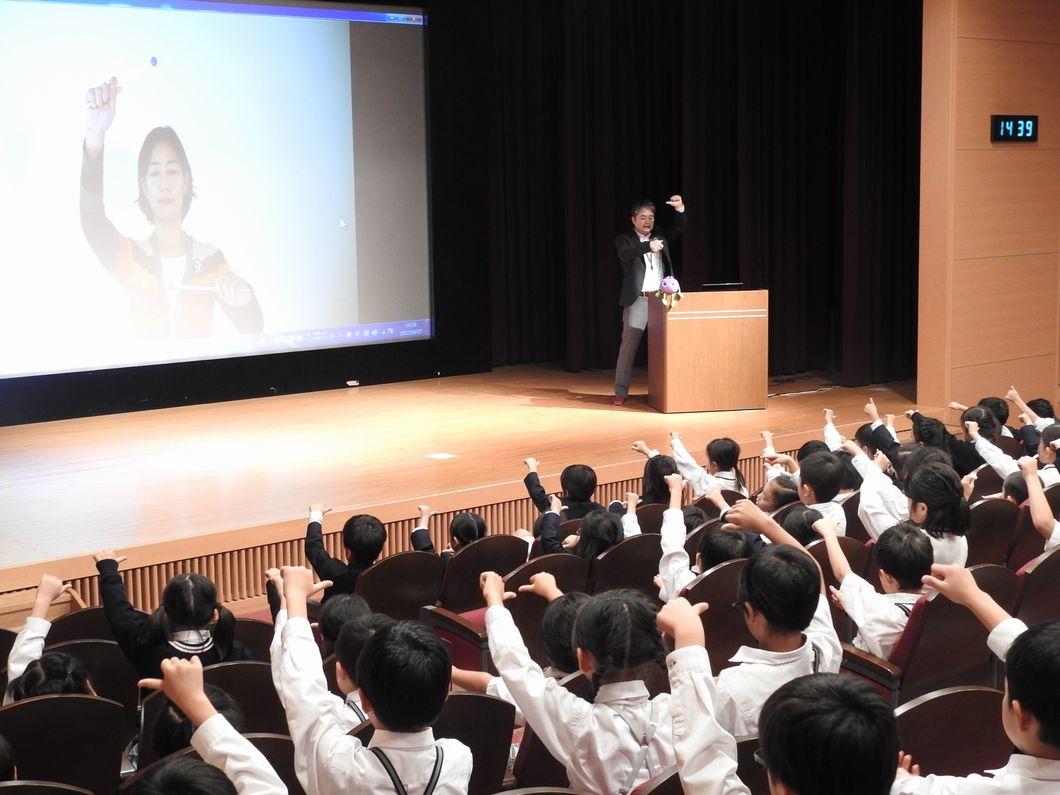 北出勝也先生ビジョントレーニング中の写真