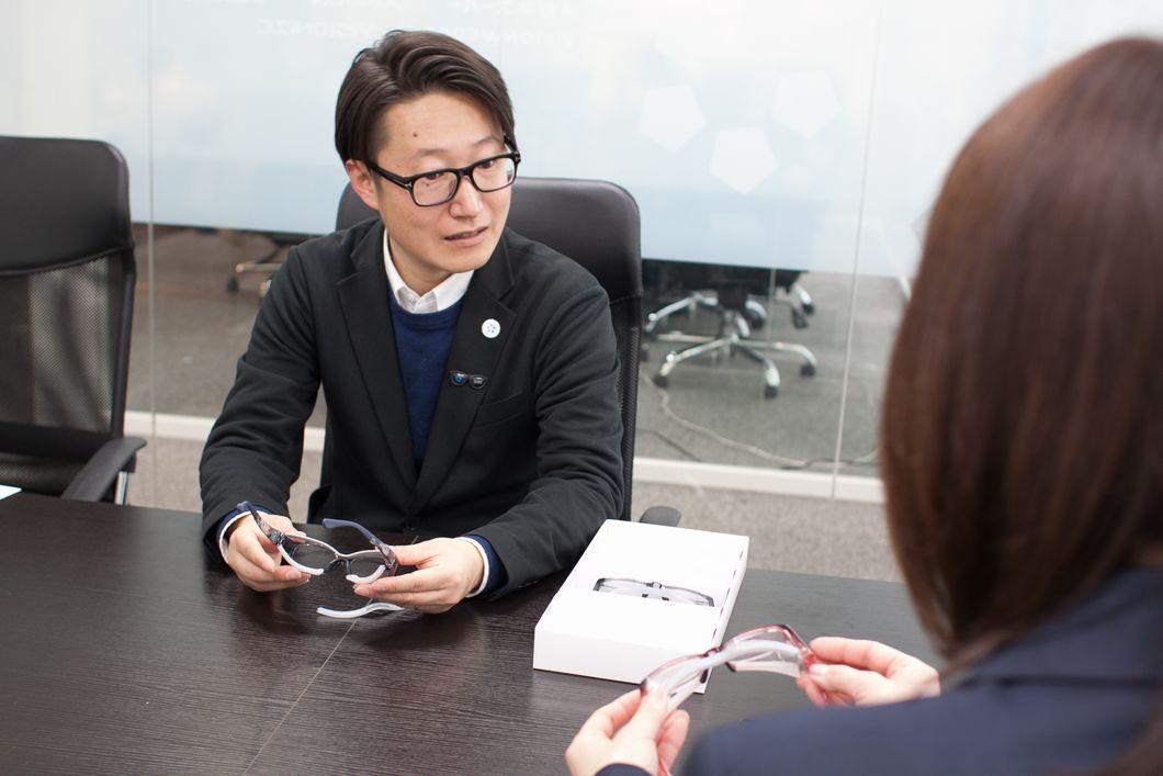 浦 進さん取材中の写真