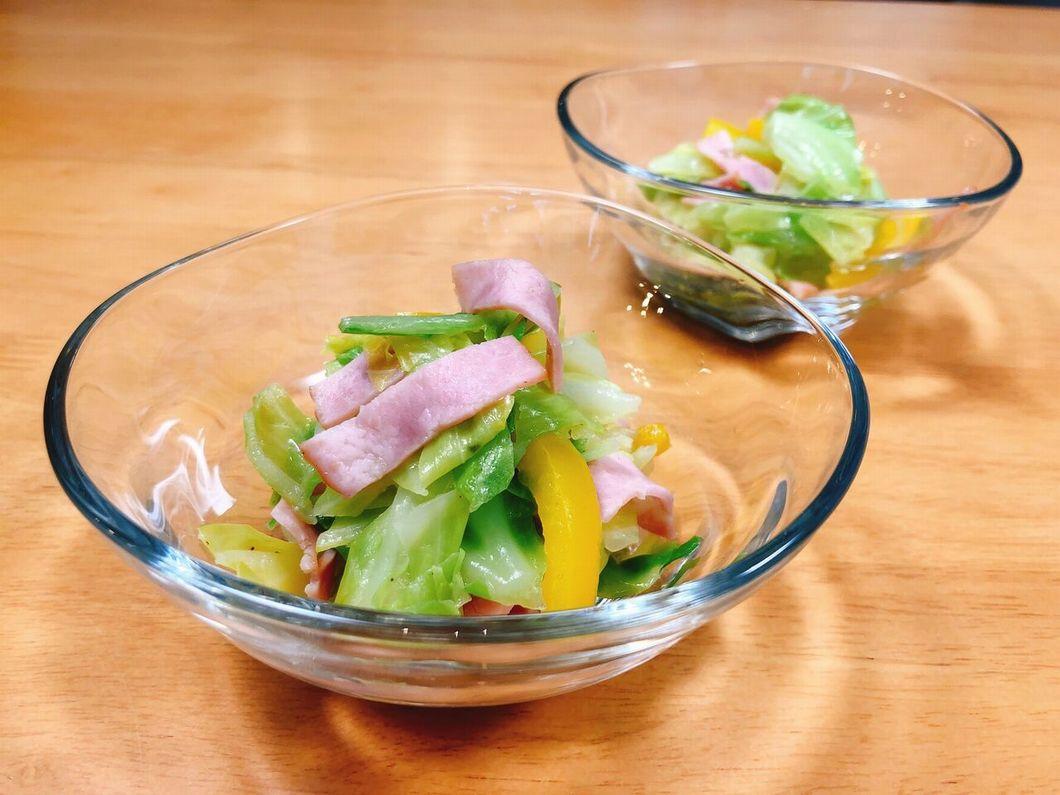 春キャベツのサラダの写真