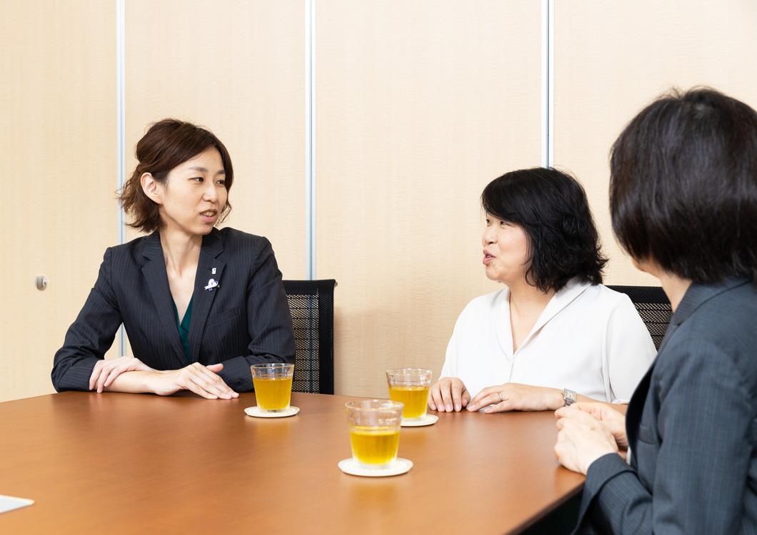 大江編集長とママの写真