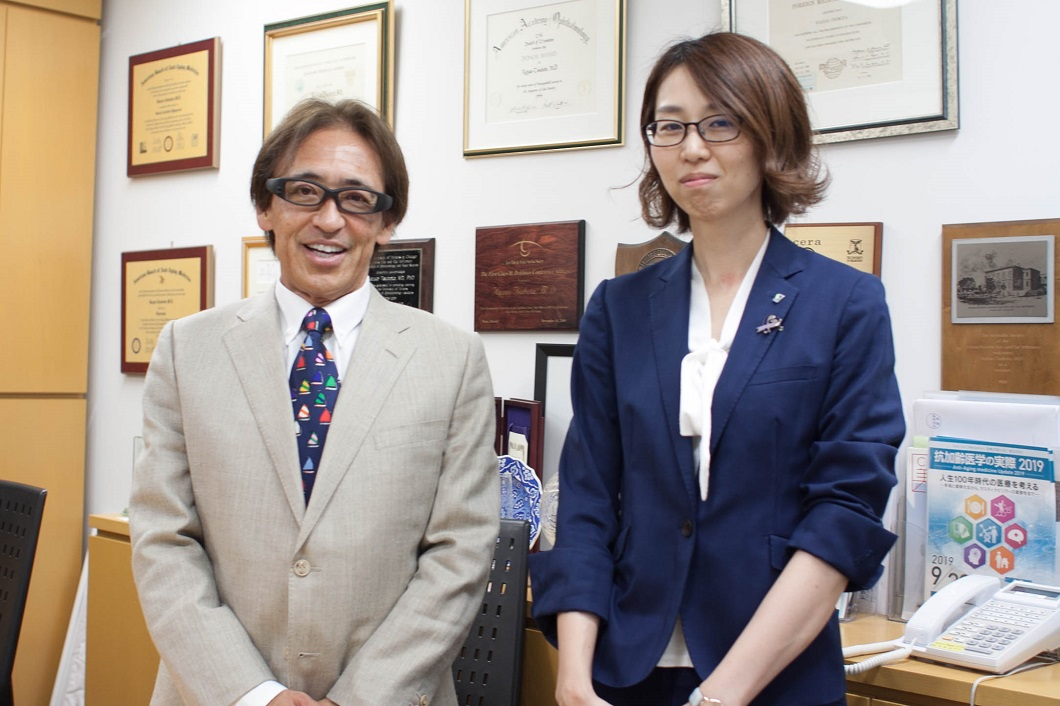 坪田一男教授と大江の写真