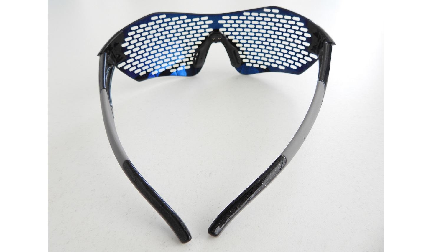 次世代ピンホールメガネ『セラピーグラス』